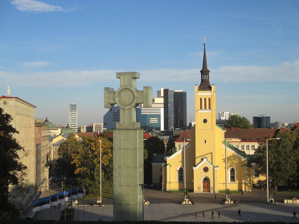 Vabadussammas ja Jaani kirik (2)