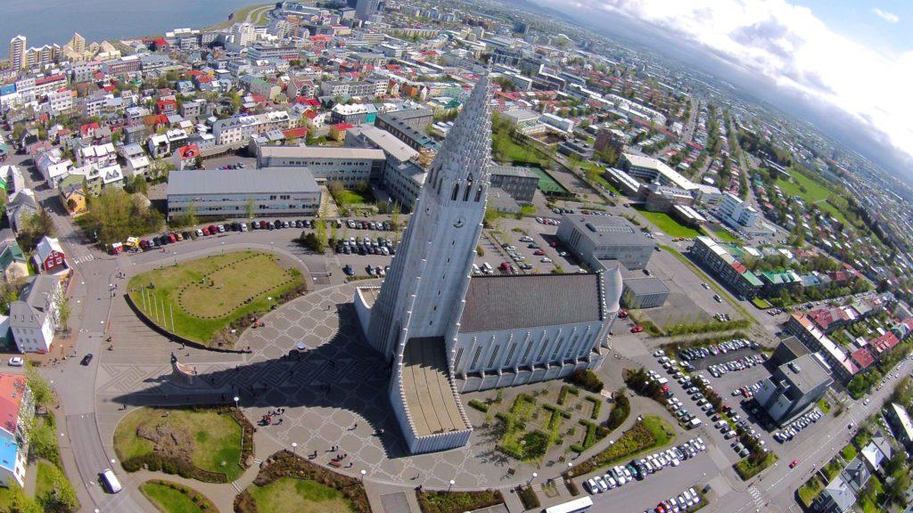 Hallgrímuri kirik (islandi keeles Hallgrímskirkja) Islandi pealinnas Reykjavíkis. Foto: Thjodkirkja